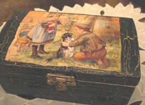 fa doboz decoupage technikával