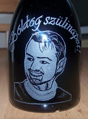 gravírozott üveg szülinapra