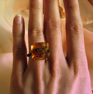 borostyán gyűrű