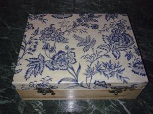 dekupázs doboz