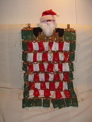 adventi naptár készítése saját kezűleg Karácsonyi dekoráció pályázat 2011  Adventi naptár saját kez?leg adventi naptár készítése saját kezűleg
